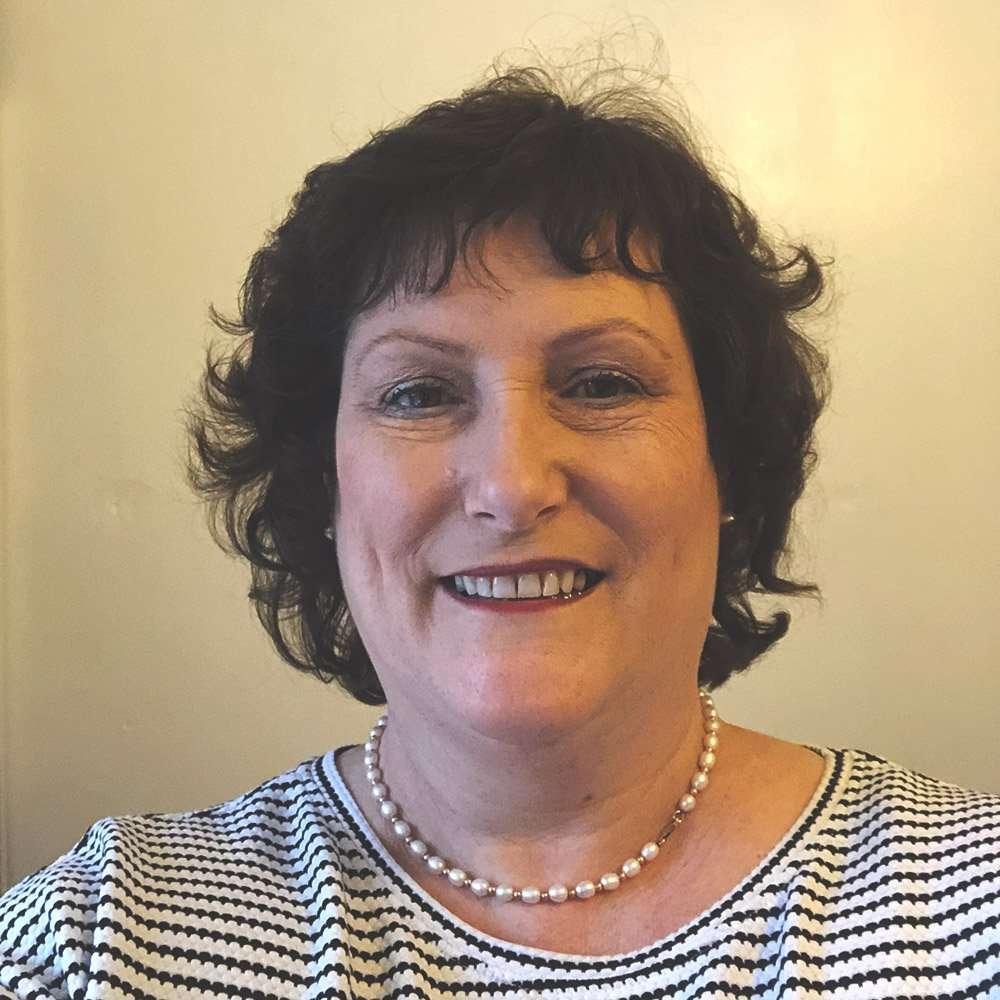 Loraine Makowski-Heaton LAPHP, MBBRS, ANRPC
