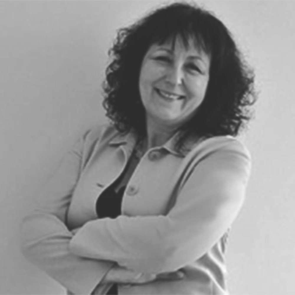 Georgina McKinnon DHP(Adv.), FAPHP, MBBRS(Acc), APHP(Sup)